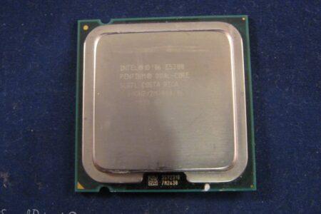 Intel E5300 Dual Core SLGTL 2.6GHz
